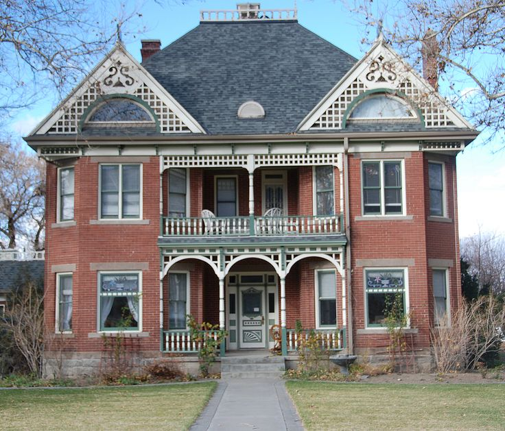 17 best old buildings images on pinterest old building for Building a victorian house