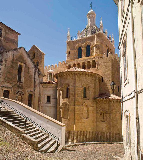 Sé Velha, Coimbra, Centro de Portugal, Portugal enjoy portugal holidays…