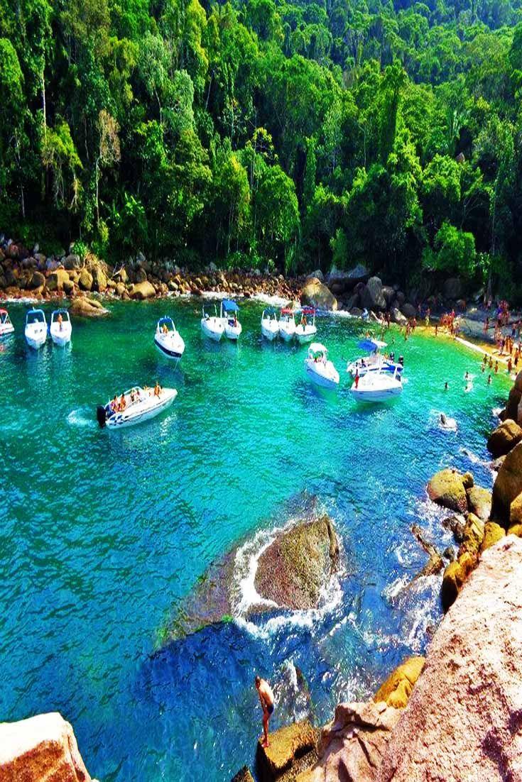 A perfect boat stop. | Caxadaco Beach in Rio de Janiero, Brazil
