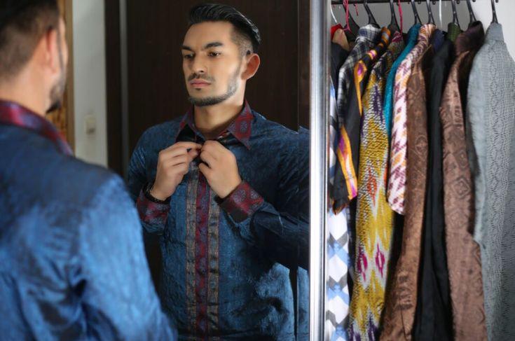 Model Trendy Batik Pria Untuk Kerja