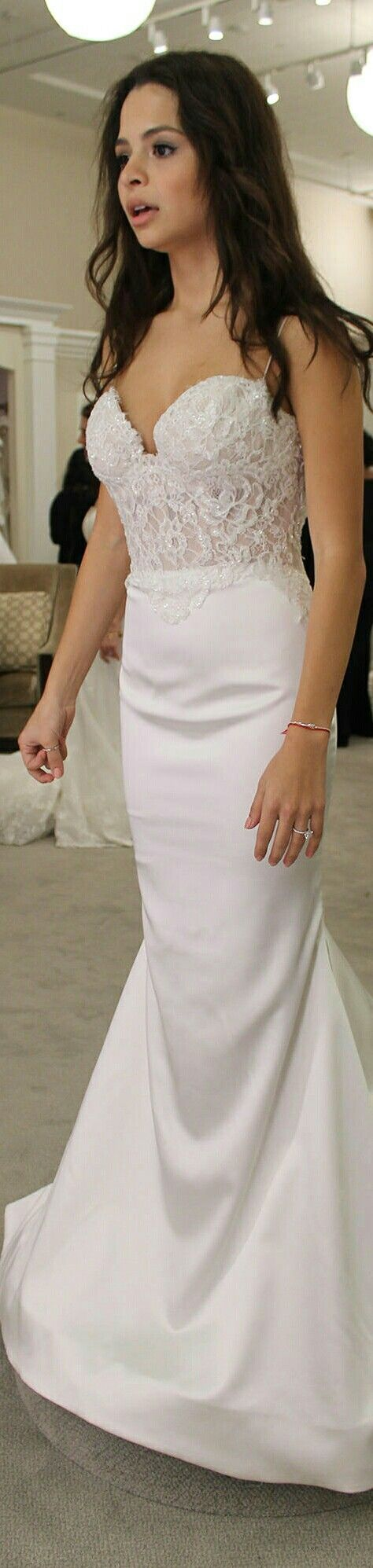 """Sasha Clements is Trying on a Wedding Dress for Season 14 - """"The Dress"""" - [TLC];April 6, 2016."""