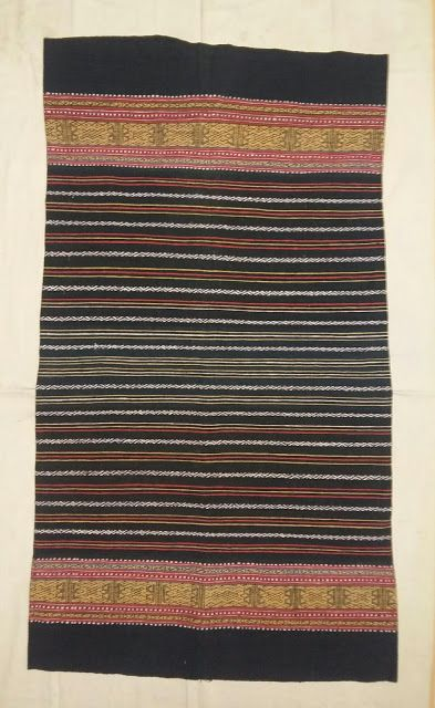 Zulki Textile's: Sarong belu. Timor