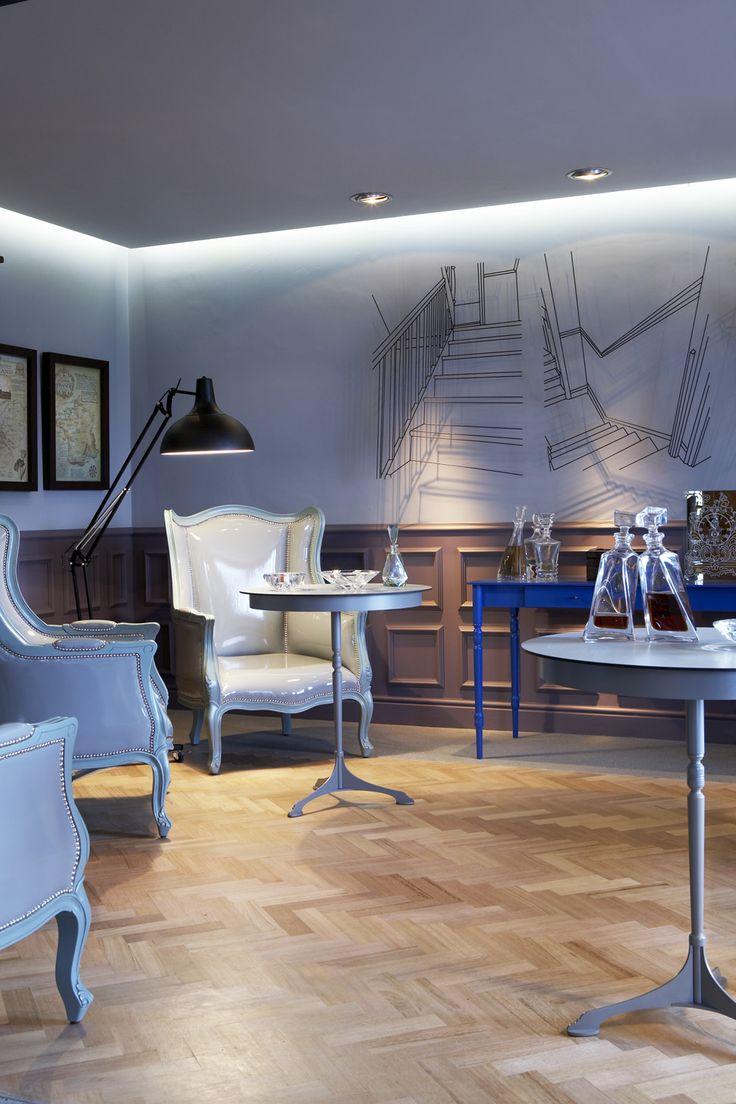 Cigar lounge | Gregor Jenkin table | Herringbone floor | Restaurant | Etienne Hanekom Interiors
