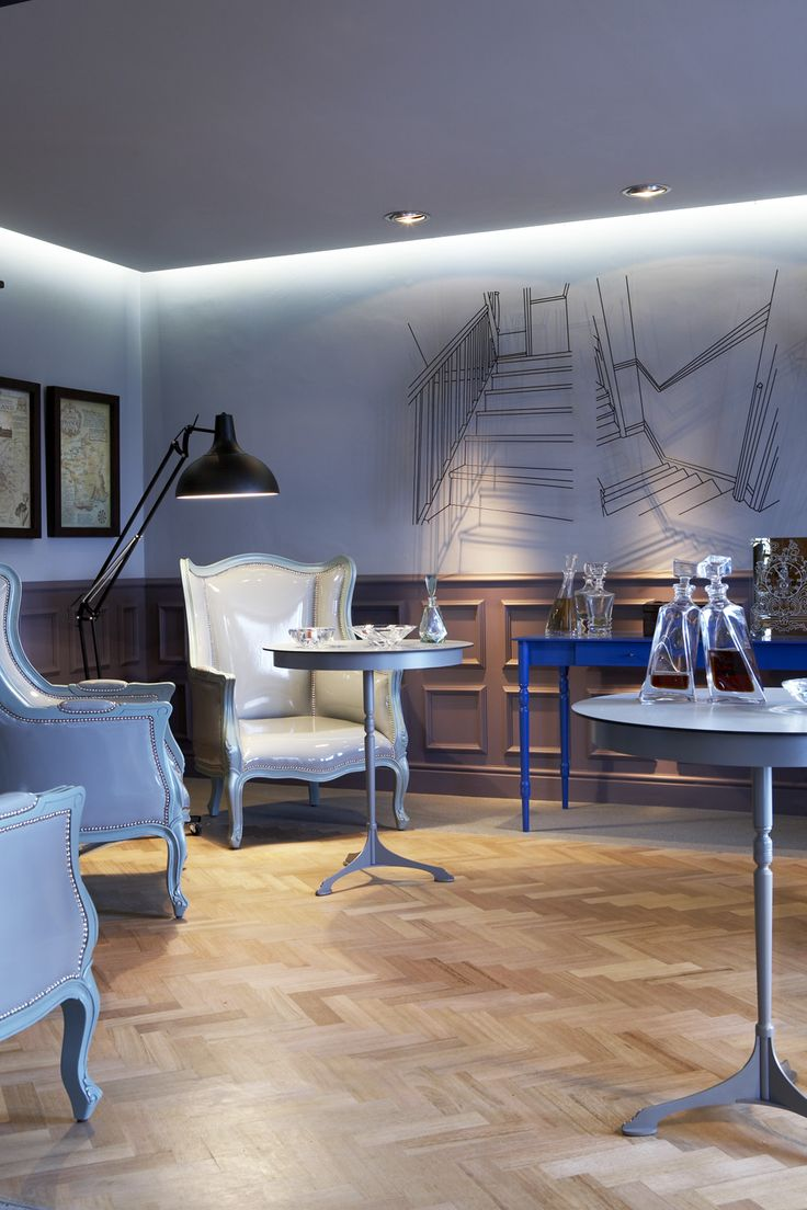 Cigar lounge | Gregor Jenkin table | Herringbone floor | Restaurant | Etienne Hanekom Interiors