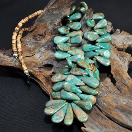 Magnificent-Vintage-Cheyenne-Turquoise-Necklace-Native-American-Santo-Domingo