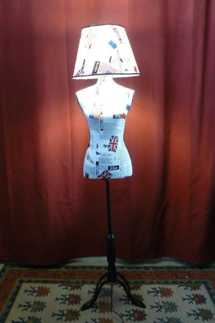 LAMPADA terra manichino stampato uk usa inglese piedistallo nero piantana sarto