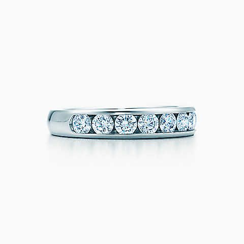 Tiffany® Diamond Wedding Band in platinum, 3.9 mm wide.