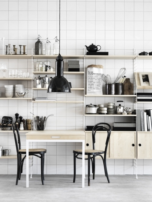 ..: Kitchens Shelves, Open Shelves, String Shelves, Interiors Design, Black White, Folding Tables, String System, Kitchens Storage, Kitchens Organizations
