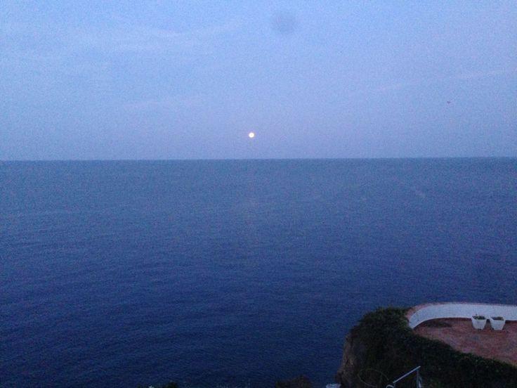 #carascohotel #moonlight #aeolianislands #isoleeolie #lipari