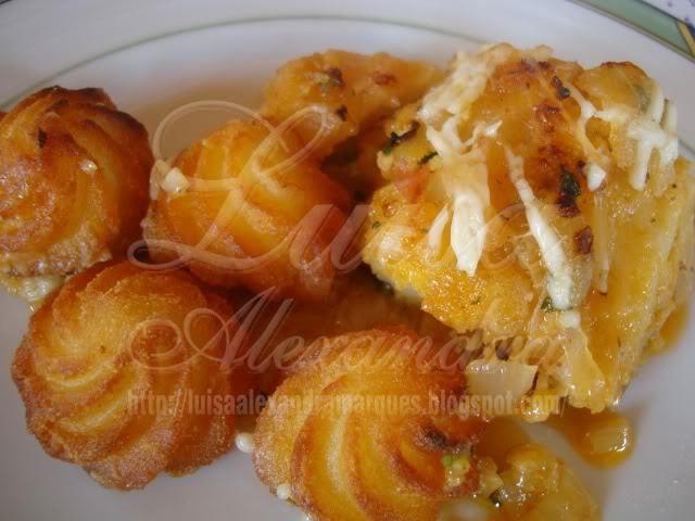 Bacalhau de Cebolada no Forno com Maionaise e Batatas Duquesa