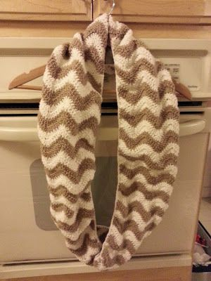 This to match:  Chevron infinity scarf FREE pattern.  Making mine in black/white!
