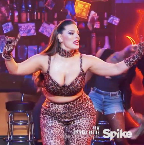 Lip Sync Battle Gigi Hadid Sweater Blue: Best 25+ Ashley Graham Weight Loss Ideas On Pinterest