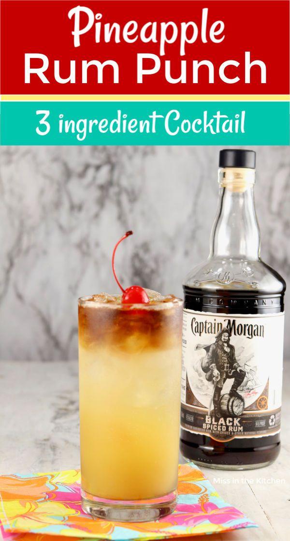 Pineapple Rum Punch In 2020 Pineapple Rum Spiced Rum Drinks Spiced Rum