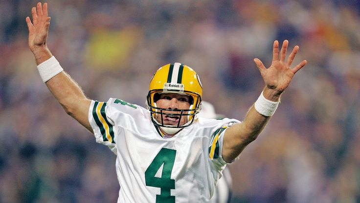 Packers to induct Favre, retire No. 4