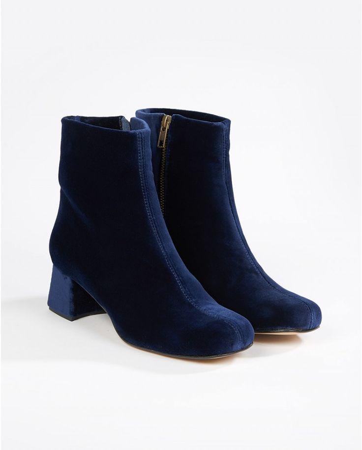 navy velvet ankle boots - Atterley Road #ARWishlist @atterleyroad