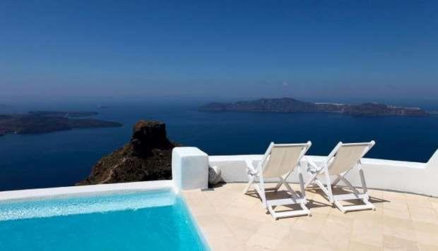 Τα 11 καλύτερα ξενοδοχεία στην Σαντορίνη!   ediva.gr