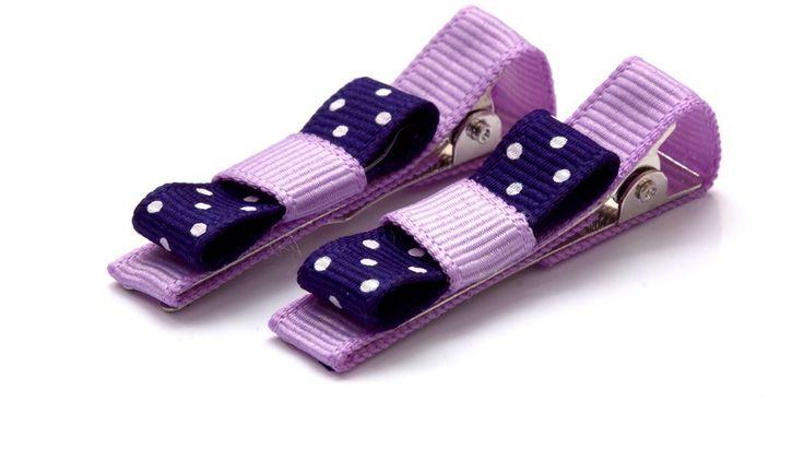 Barbro klämmor 40kr/par. made by gruvstad - accessoarer (klämmor, rosetter, hårband, diadem & napphållare) till baby & barn. Allting är handgjort med kärlek