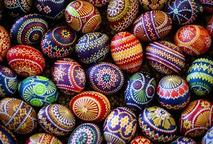 Love love love these Easter Egg designs!