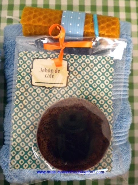 set regalo para chico vela de cera de abeja, jabón de café y toalla