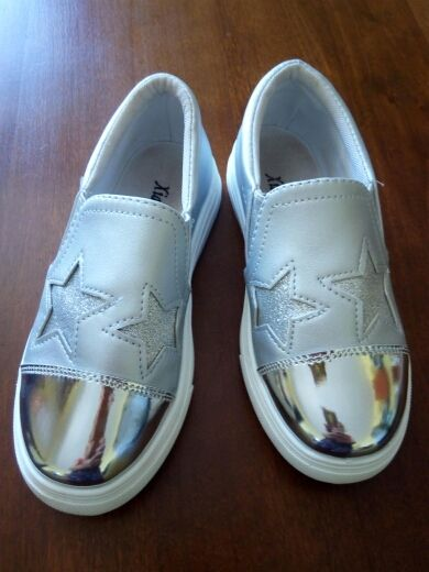 103ca7a1e Tienda Online 4-12 año niños zapatillas chica 2018 nueva moda Zapatos  casuales niños Running zapatillas de deporte para las niñas antideslizante -En  zapato ...