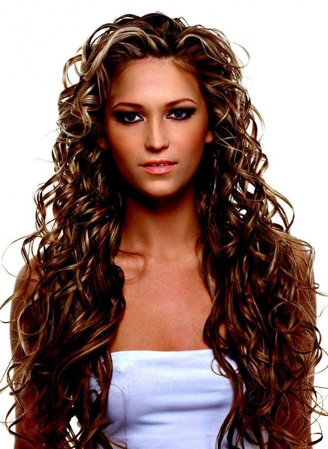Locken Frisuren 2019 Unique Frisuren 2019 Frauen Mittellang Locken Frauen Frisuren Locken Mittellang Unique Hair Styles Long Curls Long Hair Styles