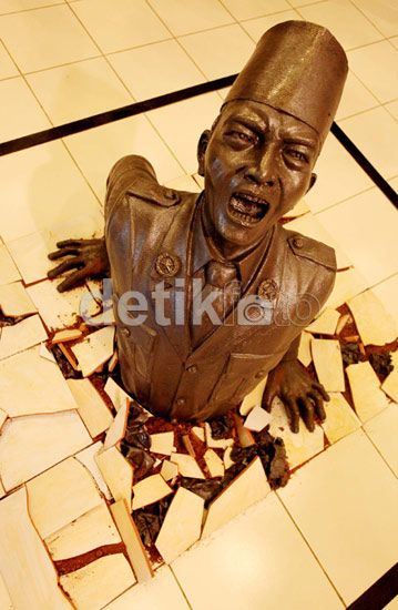 A Dedication to our First President Soekarno