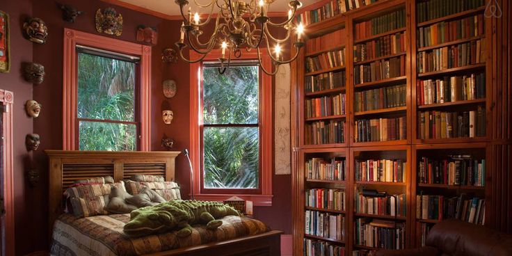 Les amateurs de livres apprécieront partout ces maisons Airbnb dotées de bibliothèques bien approvisionnées   – Library