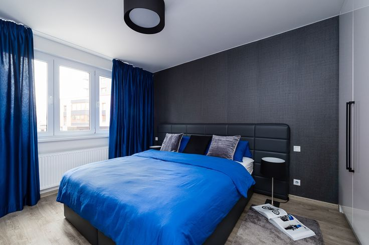 Bedroom in grey-blue colour scheme