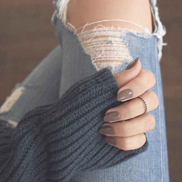Essie nail polish in Mink Muffs (Via @andeelayne)