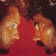 Maneater (1982) Daryl Hall & John Oates