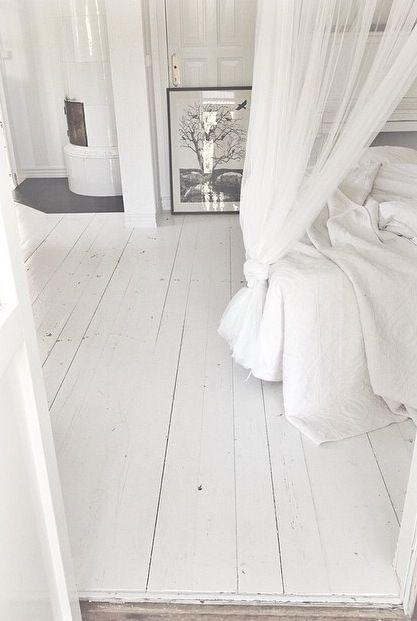 Witte vloeren van Bebo Parket #wit #laminaat #wonen