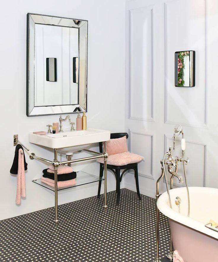 Pink + black Art Deco inspired bath @M Gallery/Sofitel Hotel Group Herbeau fixtures & tub. Photo by Jean Picon/Say Who