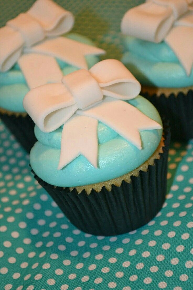 7 best Cake Toppers images on Pinterest   Birthdays, Cake toppers ...