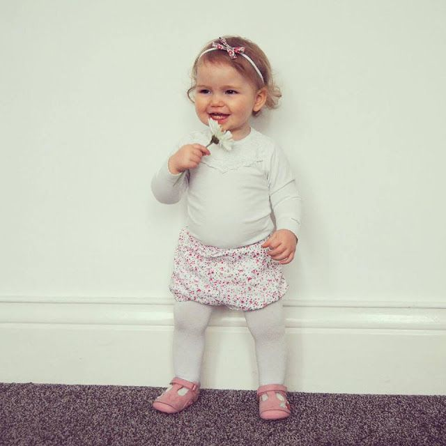Chic Geek Diary: Ava - 12 & 13 Months Old