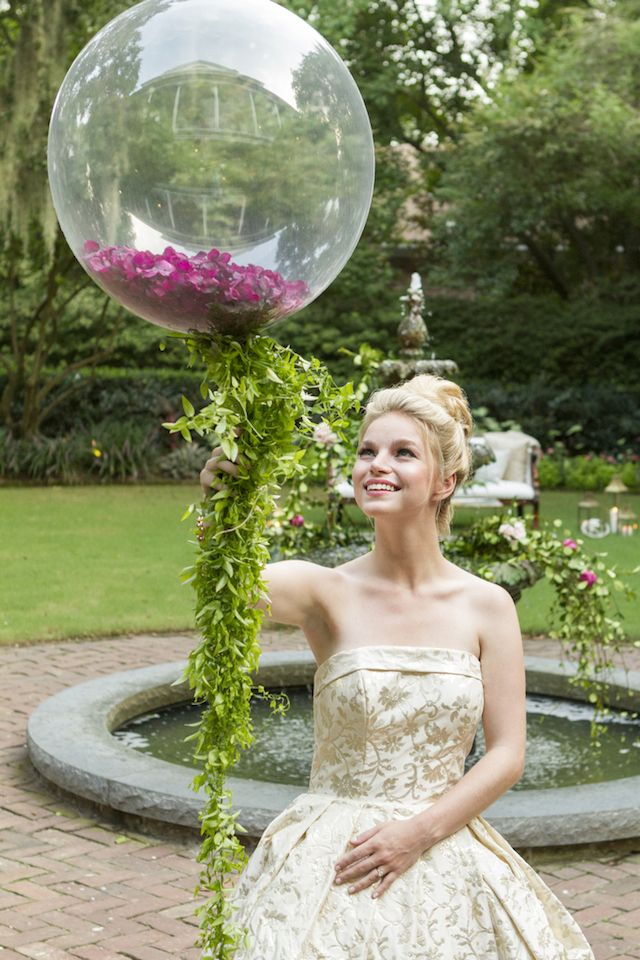 Flower petal filled balloon | Gillian Ellis Photography | see more on: http://burnettsboards.com/2016/01/unique-garden-glam-bridal-session/