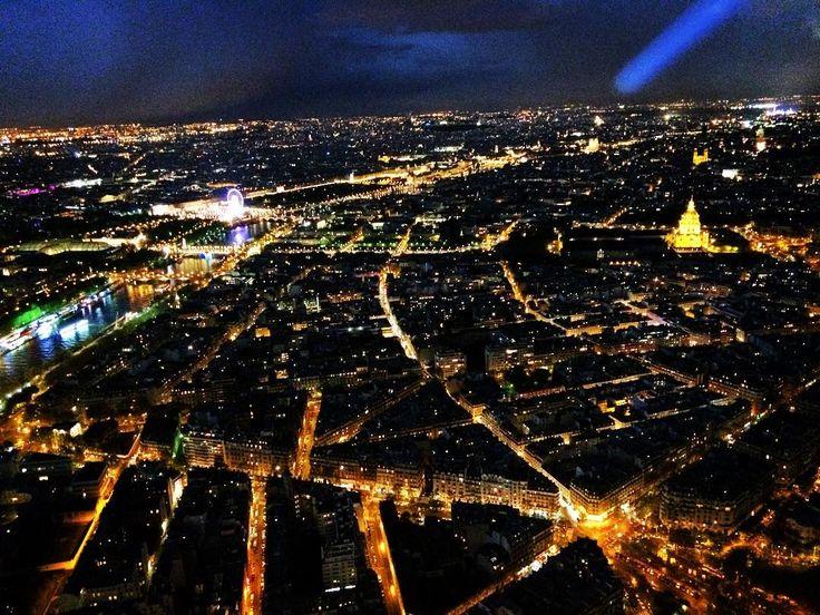 160426  에펠탑 위에서 본 파리 야경 . . #paris #에펠탑 #여행중 by hyeon_gyeong_