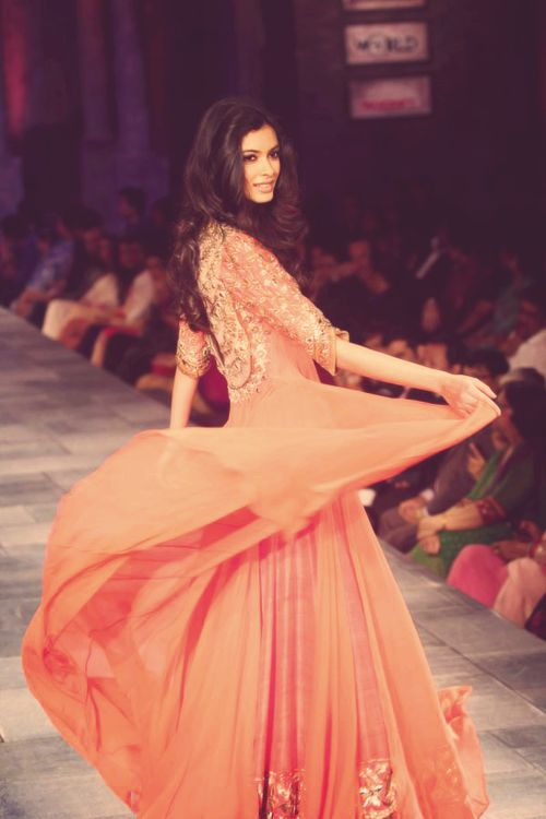 manish malhotra <3 love everything about this... the hair, the gorgeous dress, the color...