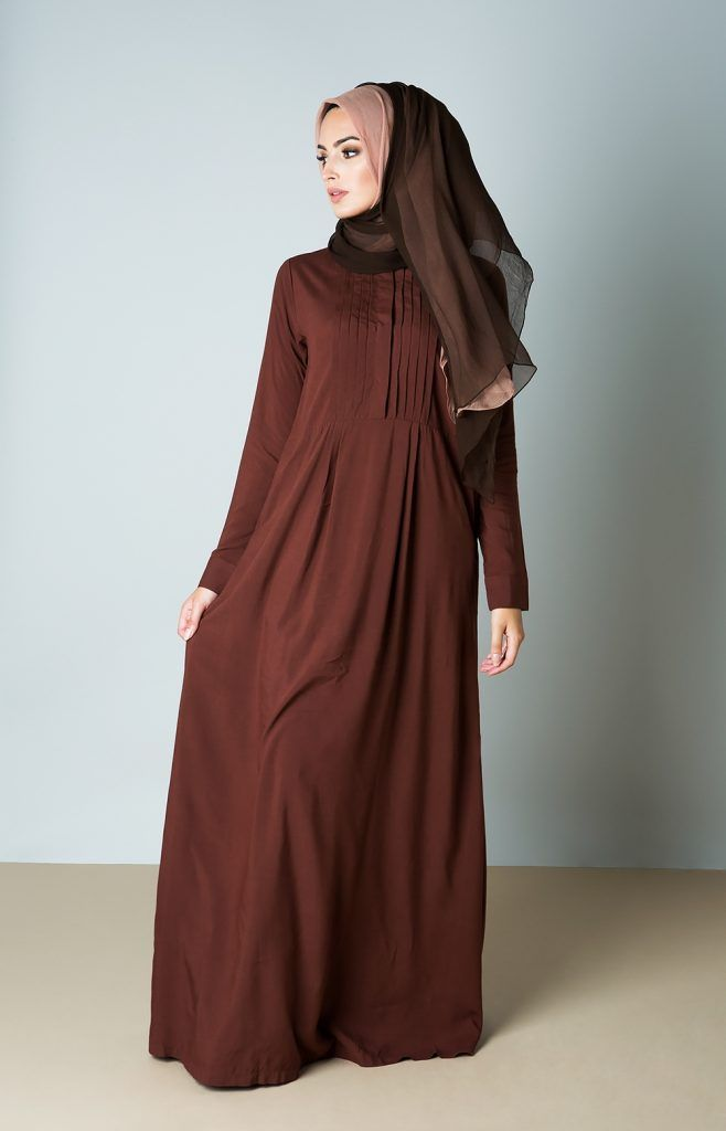 les 25 meilleures id es de la cat gorie jilbab sur pinterest abayas hijab 2015 et hijab style. Black Bedroom Furniture Sets. Home Design Ideas