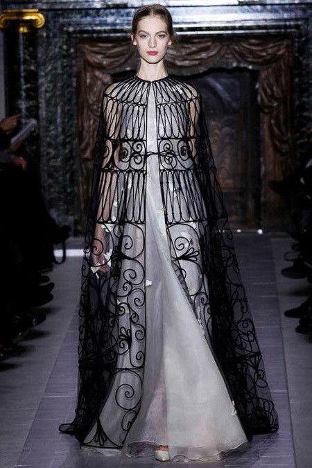 148 best images about gothic fashion on pinterest for Haute renaissance