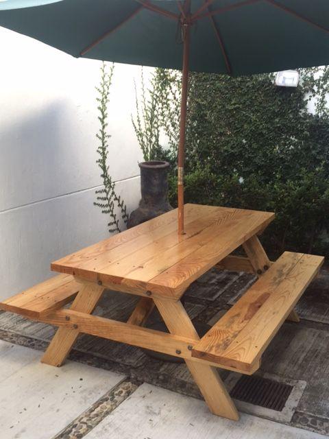 Las 25 mejores ideas sobre bancas para jardin en for Mesas de madera para jardin