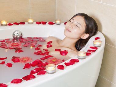 08-cheap-valentines-day-DIY-bath-sl