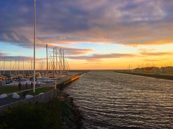 Beautiful sunset in Karrebæksminde 🌅😍