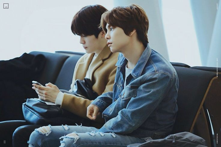 160211 Smrookies Johnny & Jaehyun at ICN Airport - BKK Intl