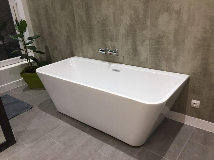 25 best ideas about baignoire acrylique on pinterest baignoire baignoire and baignoire - Baignoire ilot duravit ...