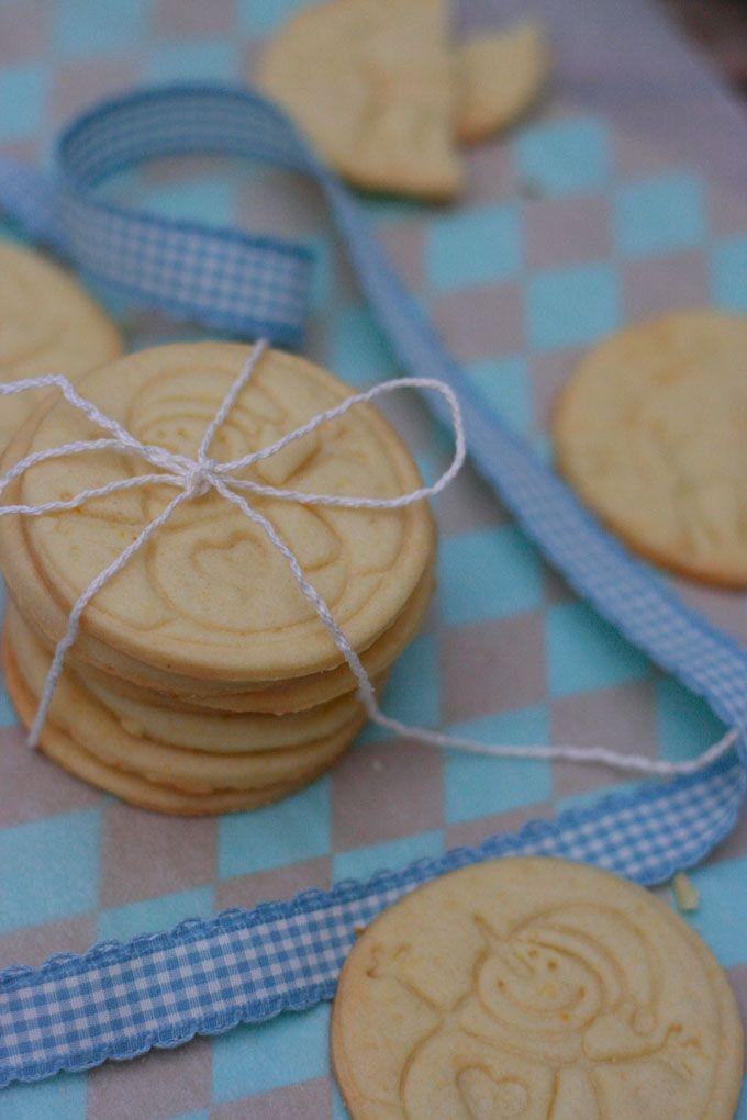 Zitroniger Butterkeksteig eignet sich perfekt zum Bestempeln. So werden eure Stempelkekse zum Hingucker!