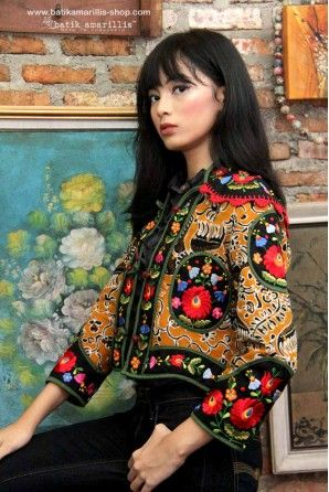 NEW ! Batik Amarillis's Torera available at Batik Amarillis webstore :www.batikamarillis-shop.com .. This is the melting pot of 3 cultures , the silhoutte's matador jacket from spain, Hungarian embroidery style and our beloved Indonesia's traditional textile , Tenun batik gedog Tuban , this piece of clothing is  rich in cultures, different flavours and yet blending beautifully!