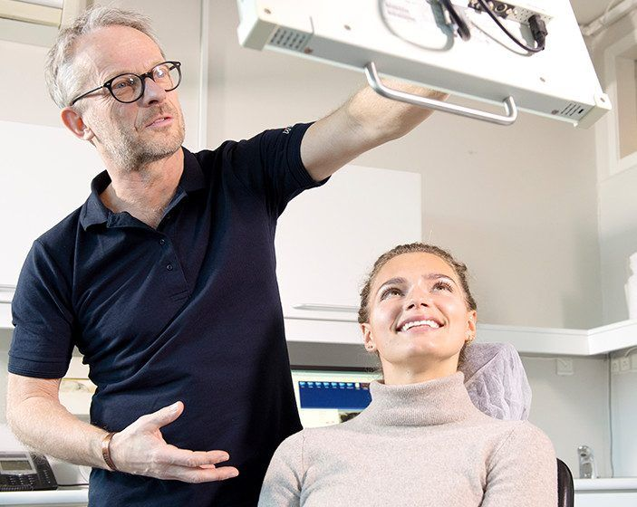 Vi tilbyder tandbehandlinger, der sikrer et godt bid og sunde tænder. Kosmetisk, holistisk, narkose og kirurgi tandbehandlinger. Book i dag.