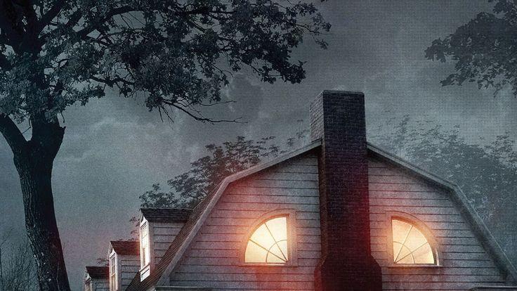En Amityville El Despertar una becaria dirige a un equipo en una investigación sobre el caso más famoso de casas embrujadas en el mundo.