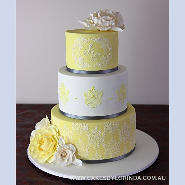 yellow and white wedding cake ideas beautiful damask in yellow wedding cake wedding cake 27692