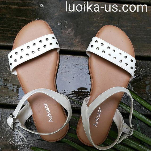 open toe heels wide width
